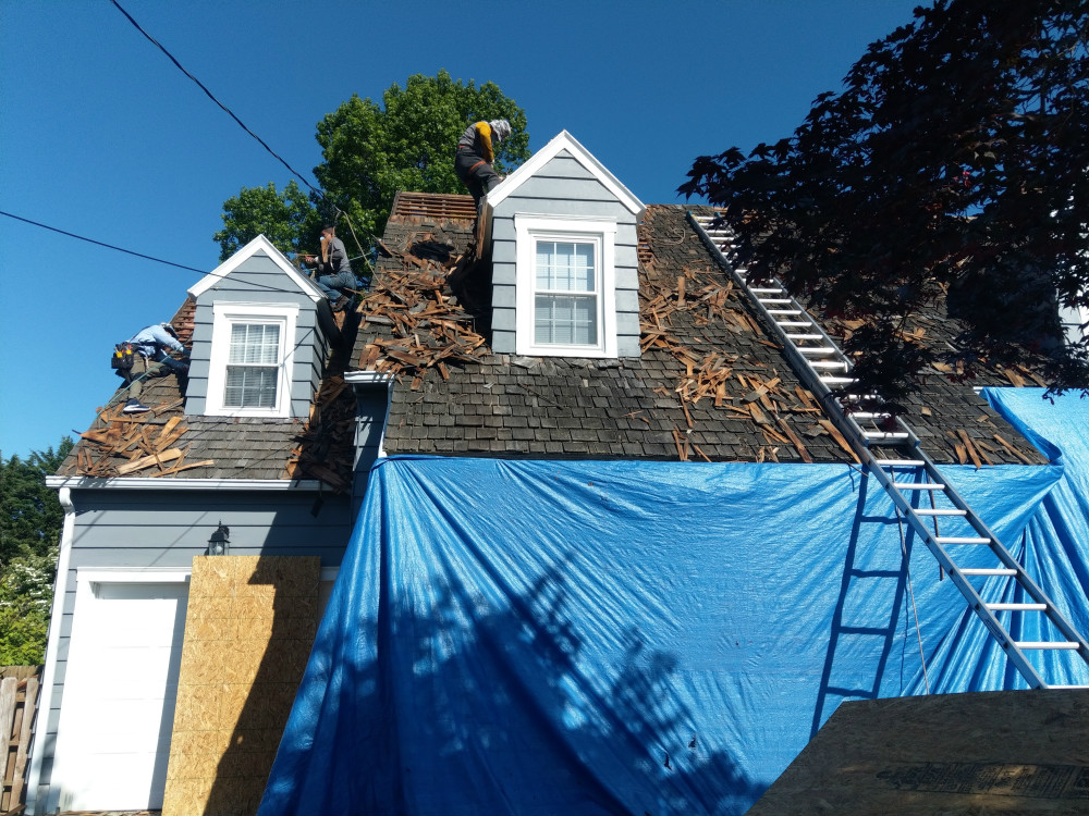 York County PA Roofing Project: Demolition of Old Cedar Shake Roof and Installation of New OSB Sheathing