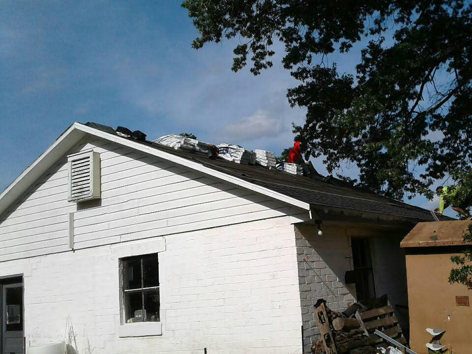 Our New Oxford PA roofing crew hard at work: JWE Remodeling and Roofing Contractors