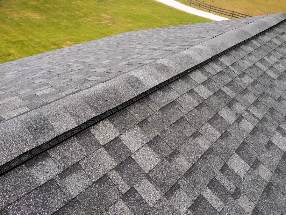 The ridge of this New Oxford PA 17350 new roof by JWE